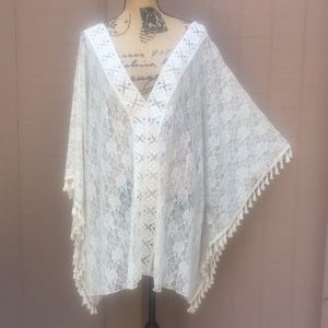 NWOT OS Jessica Simpson Cream Lace Cover Up